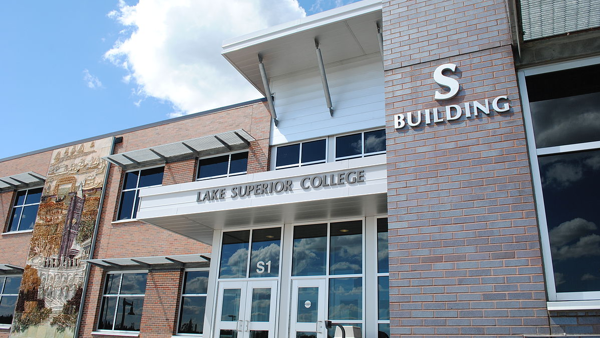 Lake Superior College captures thousands of videos for blended and online learning